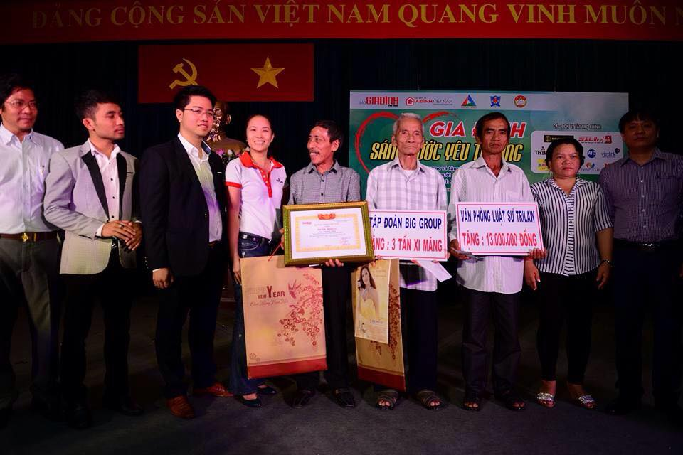 GIFT TO CENTURY VICTIM OF INJUSTICE, MR. HUYNH VAN NEN